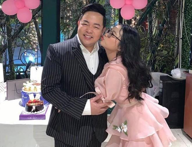 Quang Lê tiết lộ bố mẹ Phương Mỹ Chi không đi làm cũng nhờ thu nhập từ con gái ảnh 3