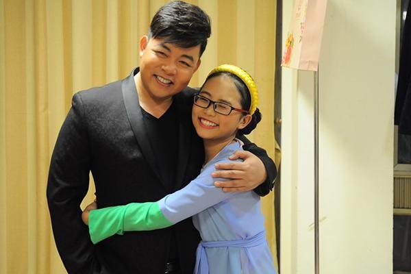 Quang Lê tiết lộ bố mẹ Phương Mỹ Chi không đi làm cũng nhờ thu nhập từ con gái ảnh 2