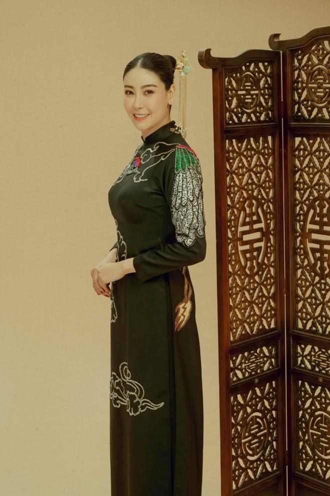 """Hà Kiều Anh đính chính: """"không dám nhận mình là công chúa của bất cứ triều đại nào"""" ảnh 2"""