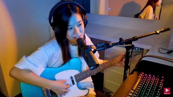 Ca sĩ Hoàng Yến Chibi ra mắt ca khúc tự sáng tác ảnh 1
