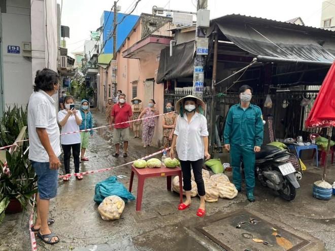Ca sĩ Phương Thanh tiết lộ ý định làm tình nguyện viên hết dịch mới về ảnh 3