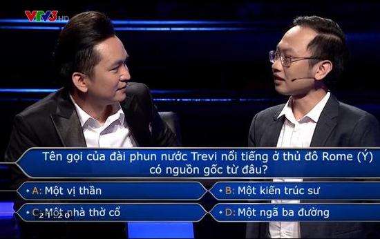 """MC Hạnh Phúc tặng 30 triệu đồng tiền thưởng """"Ai là triệu phú"""" ảnh 2"""