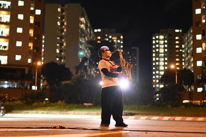 Sức khỏe của nghệ sĩ saxophone Trần Mạnh Tuấn sau gần 1 tháng nhập viện vì đột quỵ ảnh 2