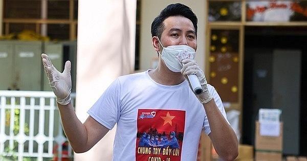Ca sĩ Phi Hùng sáng tác ca khúc động viên tinh thần chống dịch Covid-19 ảnh 3