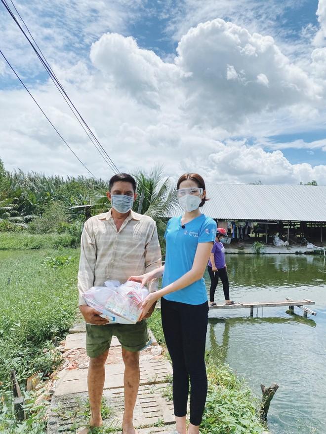 """Hoa hậu Đỗ Thị Hà tiếp tục hành trình thiện nguyện trước thềm """"Miss World 2021"""" ảnh 3"""