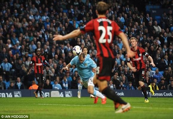 Thắng dễ 3-1 trước West Brom, Man City nuôi hy vọng bám đuổi Liverpool ảnh 1