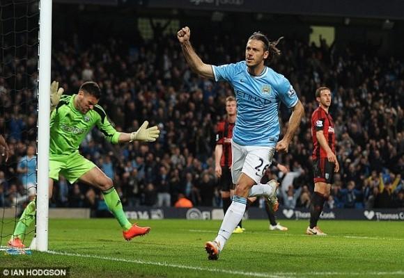 Thắng dễ 3-1 trước West Brom, Man City nuôi hy vọng bám đuổi Liverpool ảnh 4