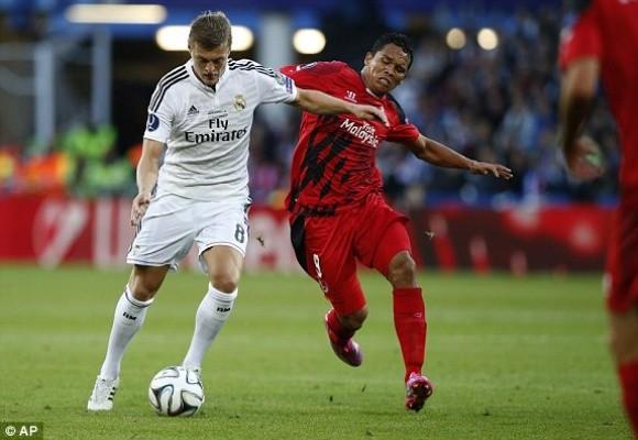 """Ronaldo lập cú đúp trong ngày """"dải ngân hà"""" tỏa sáng ảnh 2"""