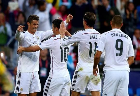 """Ronaldo lập cú đúp trong ngày """"dải ngân hà"""" tỏa sáng ảnh 5"""