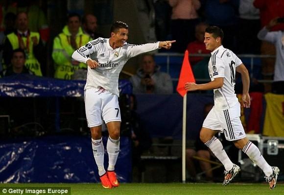"""Ronaldo lập cú đúp trong ngày """"dải ngân hà"""" tỏa sáng ảnh 6"""