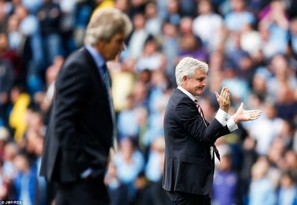Màn bứt tốc siêu đẳng của cựu cầu thủ M.U khiến Man City ôm hận ảnh 6