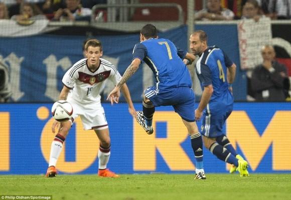"""Tân binh M.U toả sáng rực rỡ, Argentina """"trả nợ"""" World Cup trước người Đức ảnh 2"""