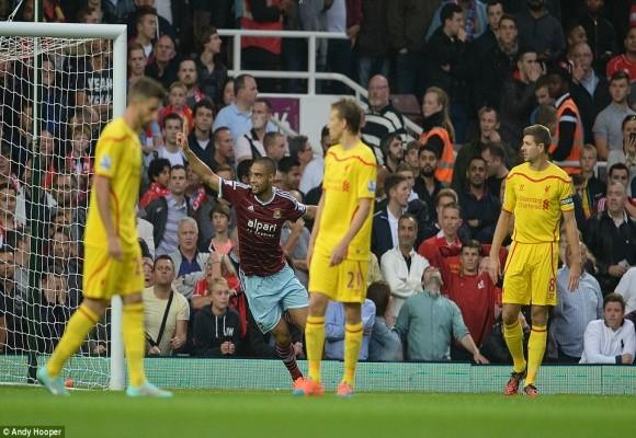 """Ngả mũ trước siêu phẩm khiến Liverpool """"ôm hận"""" ảnh 2"""