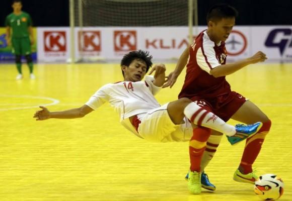 """Futsal Việt Nam dội """"bàn thắng"""" vào lưới đội Lào 18-0 ảnh 1"""