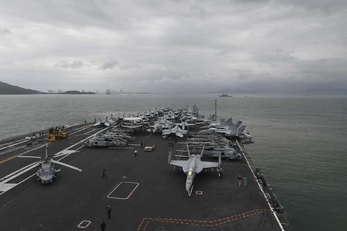 [ẢNH] Siêu tàu sân bay Mỹ trước nguy cơ bị vô hiệu hoá lần 2 bởi dịch Covid-19 ảnh 7