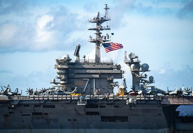 [ẢNH] Siêu tàu sân bay Mỹ trước nguy cơ bị vô hiệu hoá lần 2 bởi dịch Covid-19 ảnh 9