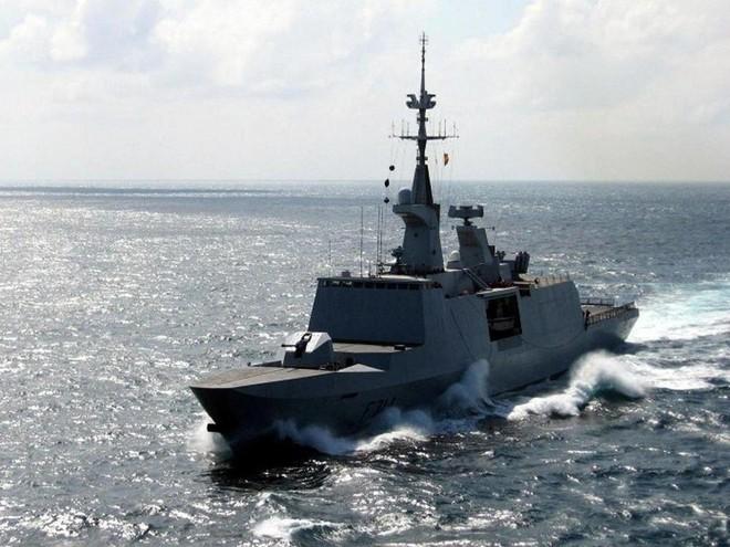 [Info] Pháp quyết định điều thêm chiến hạm tàng hình tới biển Đông ảnh 1