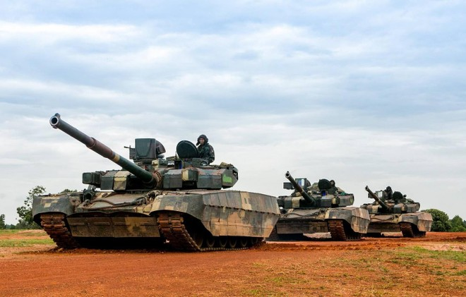[Info] T-84 Oplot-M, xe tăng quốc bảo hàng đầu Châu Âu ảnh 1