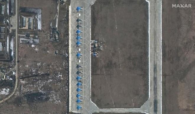 [Info] Cường kích Su-34 Nga đã đến căn cứ không quân Morozovsk ảnh 3