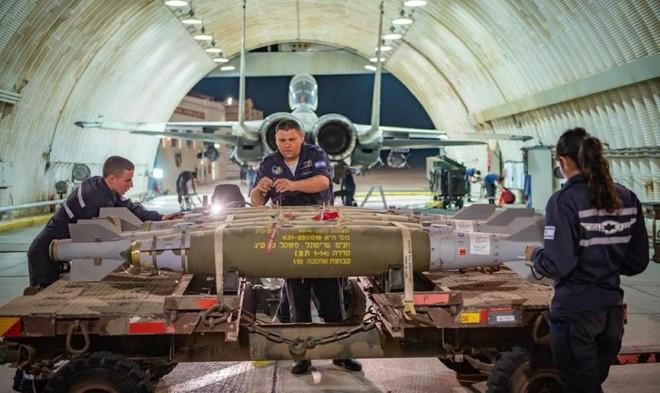 [Info] Chiến đấu cơ hạng nặng Israel gắn đầy bom nhằm thẳng dải Gaza xuất kích ảnh 1