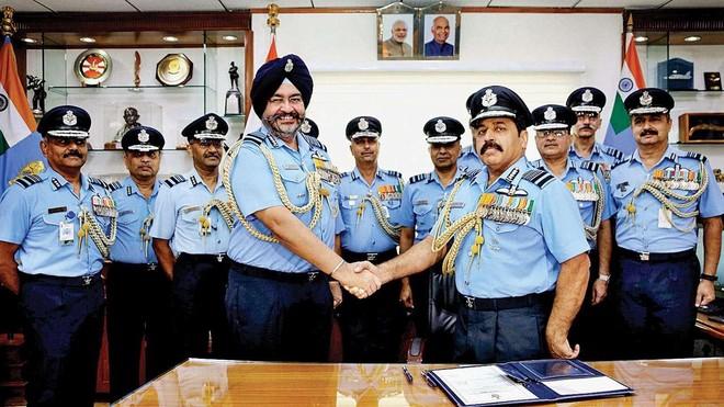 [Info] Ấn Độ điều siêu tiêm kích Rafale tới gần biên giới với Trung Quốc ảnh 1