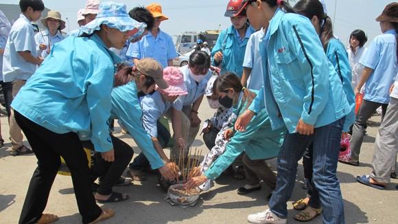Đình công, nữ công nhân bị bảo vệ tông chết thảm ảnh 4