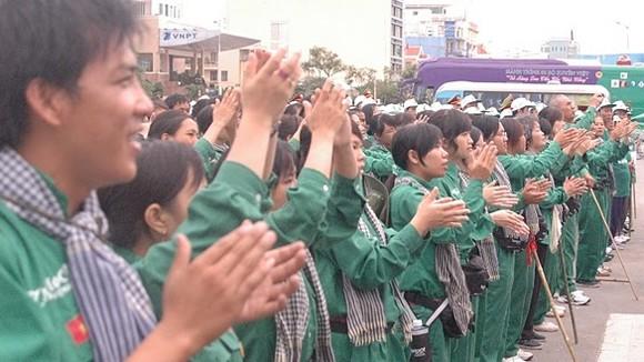1.000 người đi xuyên Việt đã hoàn thành một nửa lộ trình ảnh 2