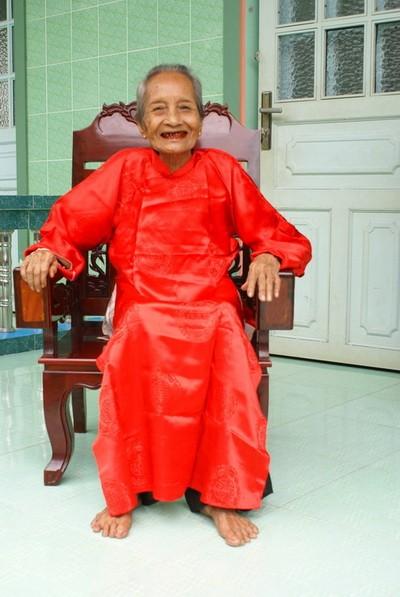 Cụ bà cao tuổi nhất Việt Nam sinh năm 1893 ảnh 1