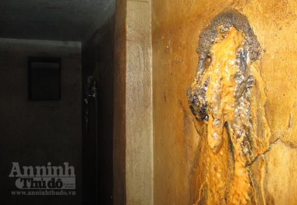 Chui vào từng ngõ ngách căn hầm dưới KS Metropole Hà Nội ảnh 11