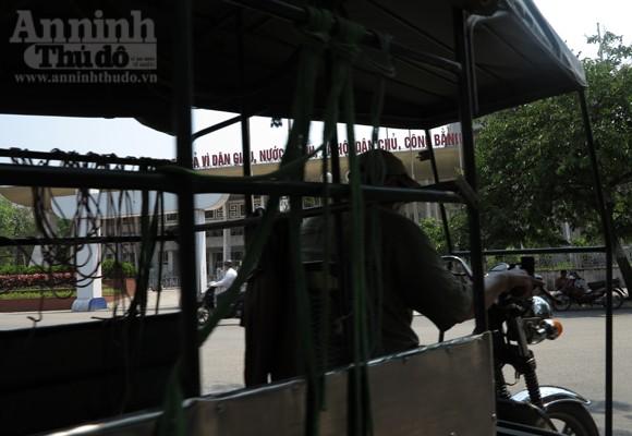"""Chùm ảnh: """"Nin-ja"""" trên phố phường Hà Nội ảnh 3"""