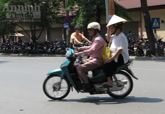 """Chùm ảnh: """"Nin-ja"""" trên phố phường Hà Nội ảnh 11"""