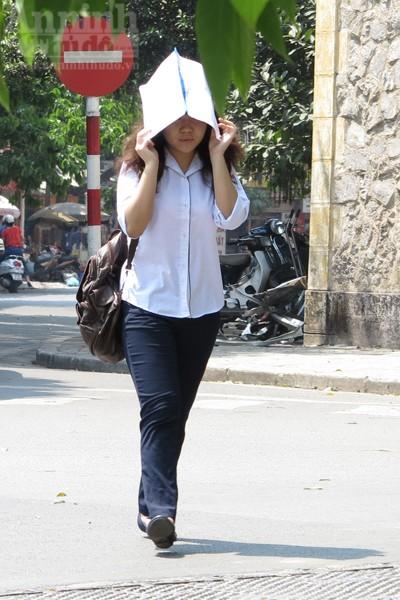 """Chùm ảnh: """"Nin-ja"""" trên phố phường Hà Nội ảnh 7"""
