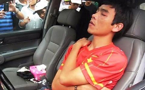 CĐV SLNA phẫn nộ với Huy Hoàng sau nghi án thuốc lắc ảnh 1