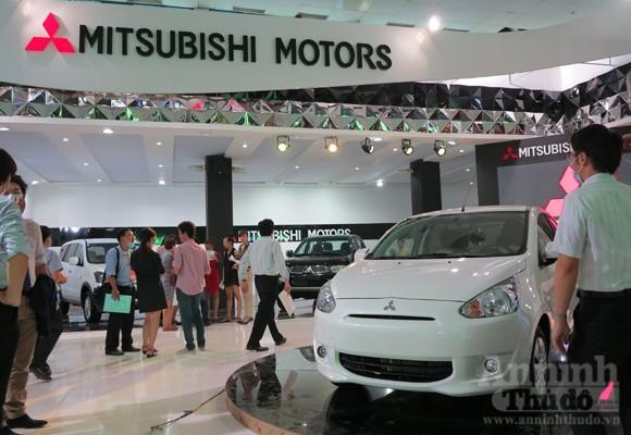 """Hé lộ """"Át chủ bài"""" các hãng, tại Vietnam Motor Show 2012 ảnh 12"""