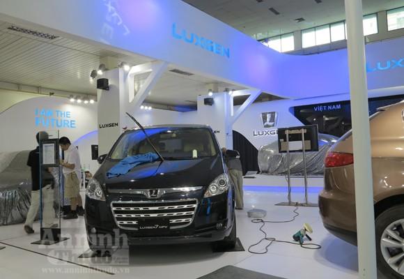 """Hé lộ """"Át chủ bài"""" các hãng, tại Vietnam Motor Show 2012 ảnh 17"""