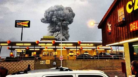 Mỹ: Nổ lớn ở nhà máy phân bón, hàng trăm người bị thương ảnh 2