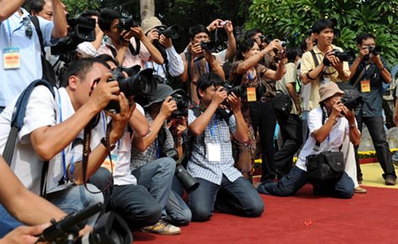 Bộ trưởng Nguyễn Bắc Son: Đẩy mạnh cung cấp thông tin chính thống cho báo chí ảnh 2