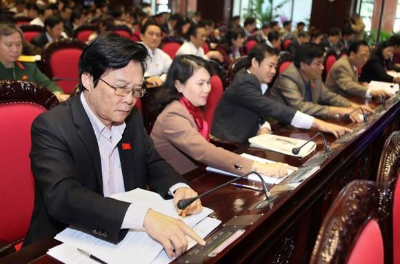 Quốc hội thông qua Luật đất đai (sửa đổi)