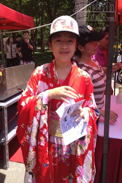 Nóng 40°C, giới trẻ Hà Nội vẫn váy áo lòa xòa, hào hứng Cosplay ảnh 14
