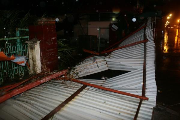 Tâm bão Kalmaegi đổ bộ vào Móng Cái- Quảng Ninh ảnh 3