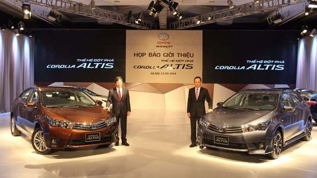 Toyota Corolla Altis 2014 có giá chính thức từ 757-944 triệu đồng ảnh 1