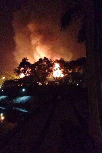 Hà Nội: Luxury Club cháy ngút trời giữa đêm khuya ảnh 3