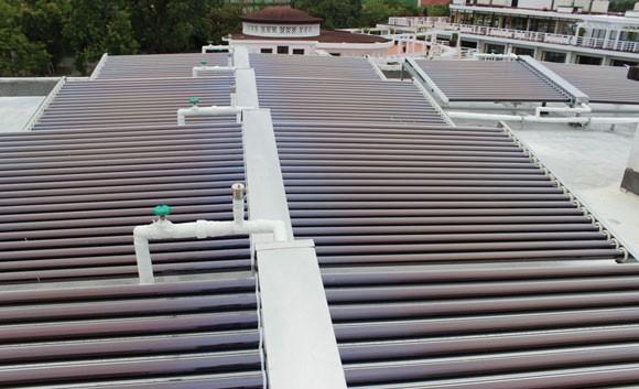 Khách sạn La Residence Huế tiết kiệm điện nhờ hệ thống năng lượng mặt trời ảnh 1