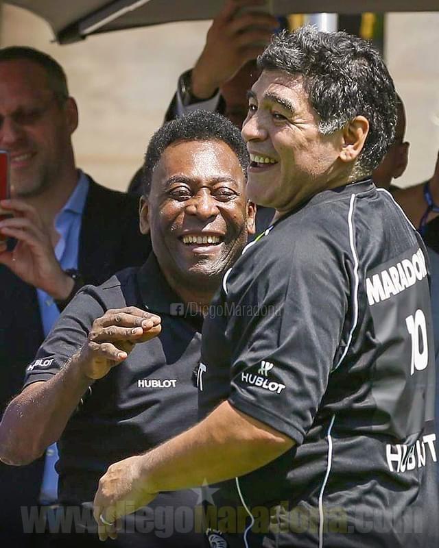 Huyền thoại bóng đá Diego Maradona qua đời ở tuổi 60 ảnh 3