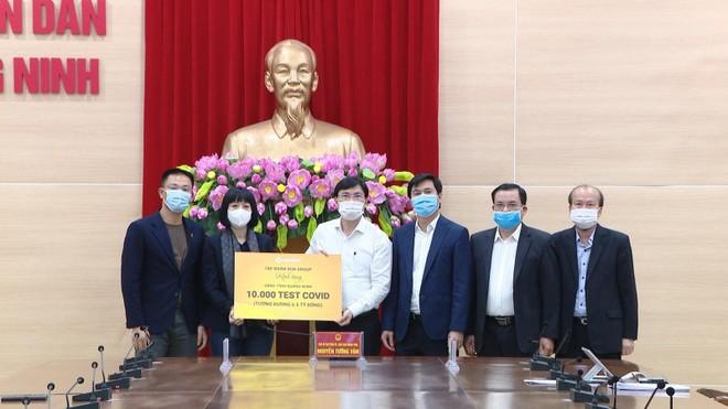 Sun Group tặng 10.000 test xét nghiệm Covid-19 cho Quảng Ninh ảnh 1