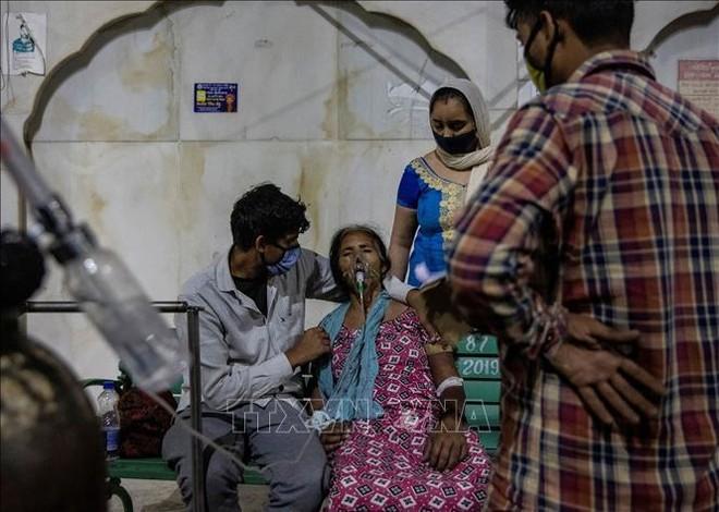 Đại dịch Covid-19: Những gì đang diễn ra ở Ấn Độ hoàn toàn có thể xảy ra ở các nước khác ảnh 2