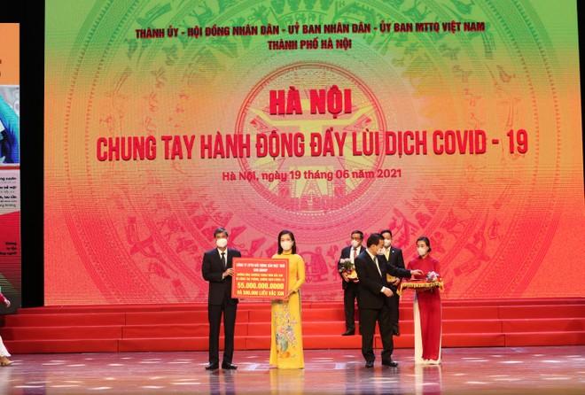 Tập đoàn Sun Group ủng hộ thành phố Hà Nội 55 tỷ đồng mua vắc-xin phòng chống Covid-19 ảnh 1