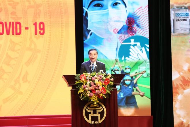Tập đoàn Sun Group ủng hộ thành phố Hà Nội 55 tỷ đồng mua vắc-xin phòng chống Covid-19 ảnh 2