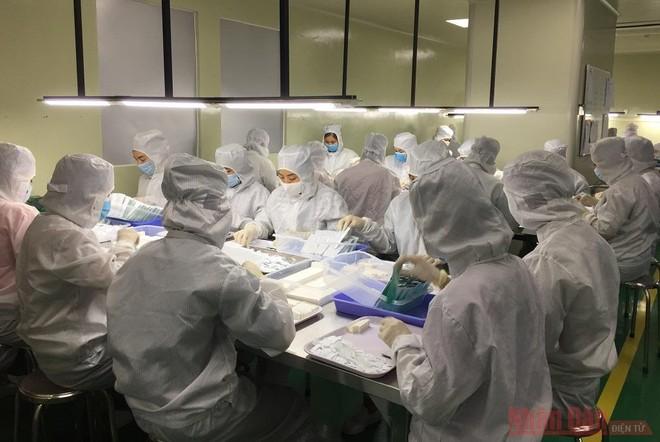 Test nhanh kháng nguyên SARS-CoV-2 do Việt Nam sản xuất có độ nhạy, độ đặc hiệu cao ảnh 1