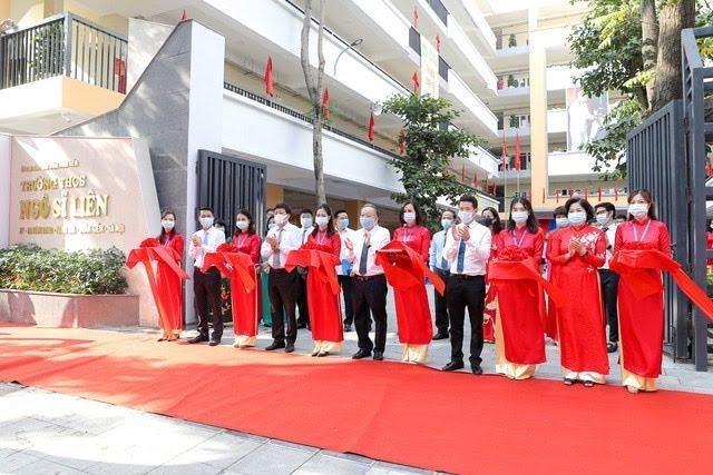 Kinh nghiệm từ quận nội thành duy nhất của Hà Nội giải được bài toán sĩ số ảnh 6